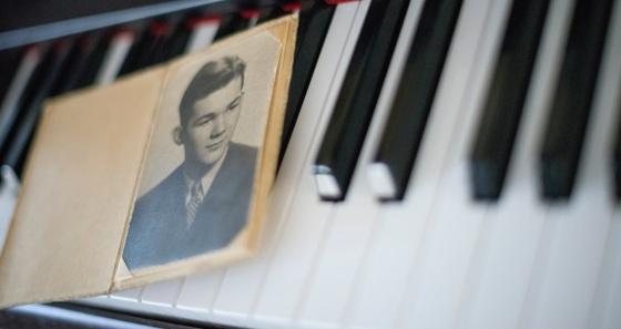 0006_Piano keys