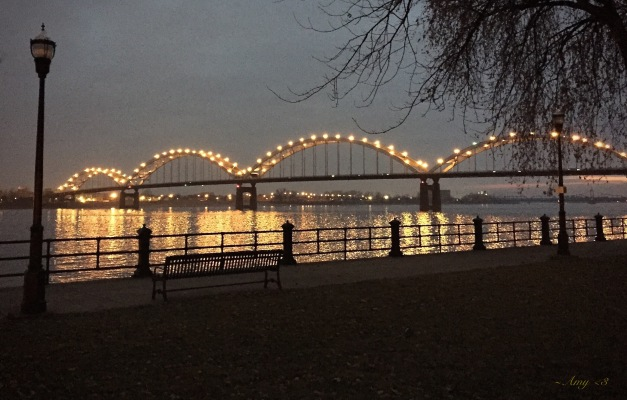 A winter night on the Mississippi